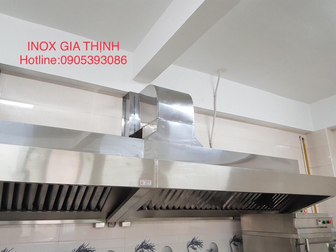 Hút mùi bếp trường mầm non